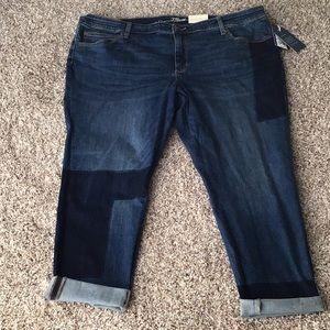 New size 22 women's skinny jeans.